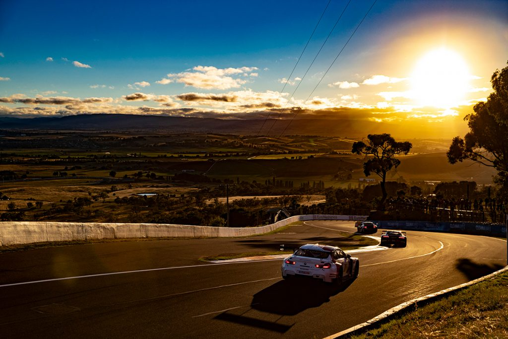 Mount Panorama - Bathurst 12 hour